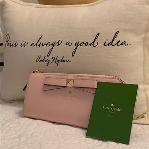 Kate Spade Nisha Wallet in Pink Patent